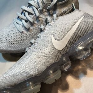 the best attitude cf182 2bda4 Nike Shoes - WMNS Nike Vapormax Flyknit Pure Platinum
